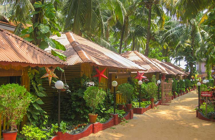 Finding & Booking Accommodation (on a Budget) in India