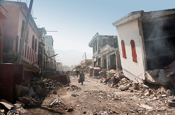 How to survive an earthquake 3 common myths debunked for Where do you go in an earthquake