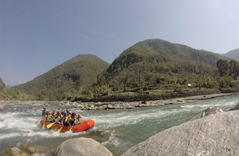 7 White Water Rafting Trips in Nepal for Every Level