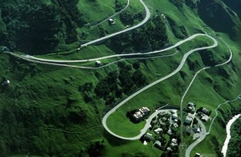 A guide to driving in Switzerland → Stay sane!