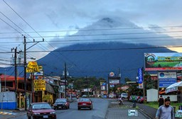 Driving in Costa Rica - Top Tips for Travelers