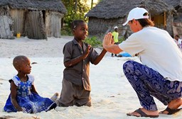 How to Prepare for Volunteering in Africa: Travel Tips