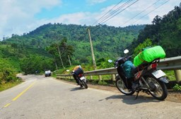 How to Ride in Vietnam Safely and Legally