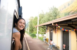 Travel With Friends or Solo: What's Right For You?